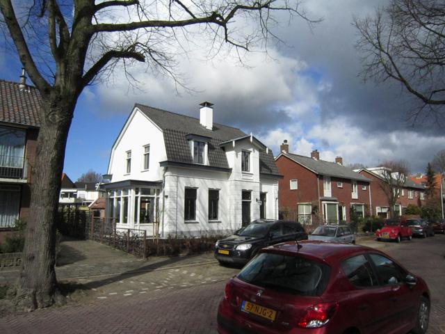 Hoofdstraat-84